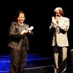 Carlos Ruta le entregó el Honoris Causa a la doctora Lola Aniyar de Castro