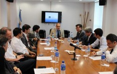 Firma de convenio con la Universidad Ajou de Corea del Sur