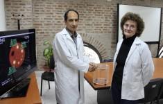 La licenciada Amalia Pérez y el doctor Alejandro Valda de la Escuela de Ciencia y Tecnología