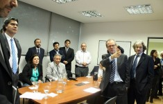 Marcelo Escolar, director de Pascal, muestra el funcionamiento del sistema