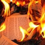 """Presentación del libro """"Palabra Calcinada"""", de Juan Gelman"""