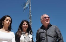 De izq. a der.: Nadia Justel, Tara Thiaragajan y Dante Chialvo.