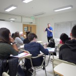 Teivo Tevainen disertó en la EPyG sobre movimientos de justicia global
