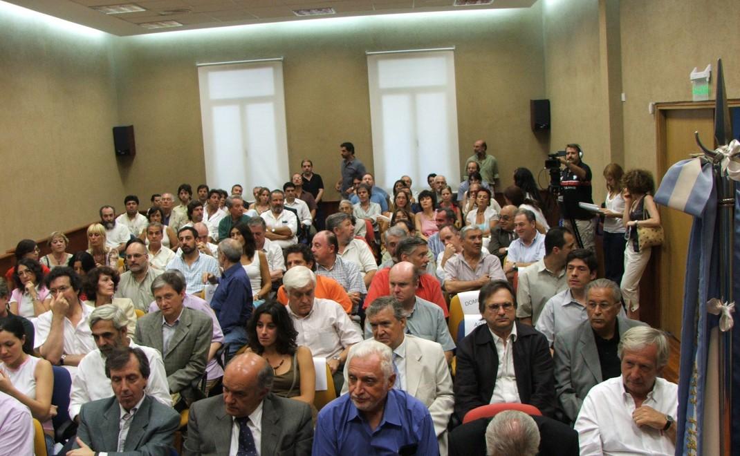 asamblea2006-008