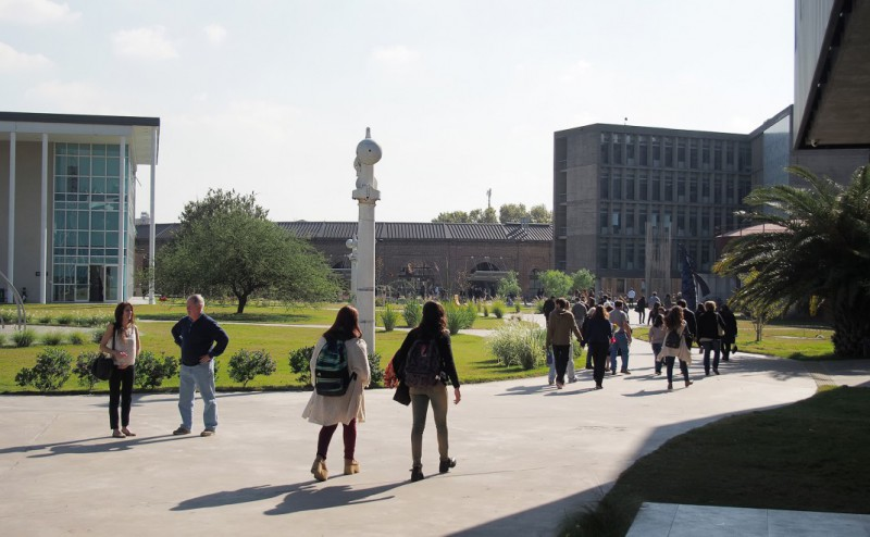 campus1-1070x660