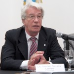 Osvaldo Calzetta Larrieu y una apuesta por el reactor nuclear CAREM25