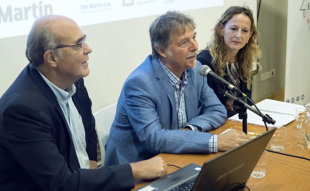 De izq. a der.: Leandro de Sagastizábal, Mario Greco y Lucía Santarone