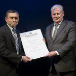 Ajit Varki recibió el título de doctor <i>Honoris Causa</i> de la UNSAM
