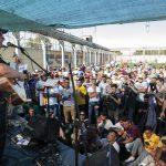 De igual a igual: León Gieco cantó con los egresados de CUSAM