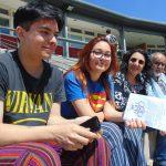 Encuentro entre pares: estudiantes de escuelas secundarias y estudiantes-mentores de la EH