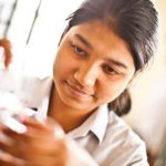 Becas del British Council para mujeres en STEM (Science, Technology, Engineering and Mathematics)