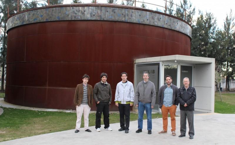 De izquierda a derecha: Alvin Gatone (Infracom), Julio Lonac, Flavio Antúnez (Infracom), Miguel Ángel Salgreras, Fernando Abad (Infracom) y Jorge Sinderman.